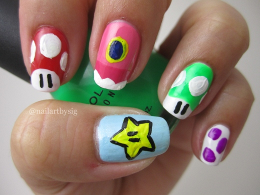 Super-Mario-Nails-Super-Mario-Bros-Nail-Art