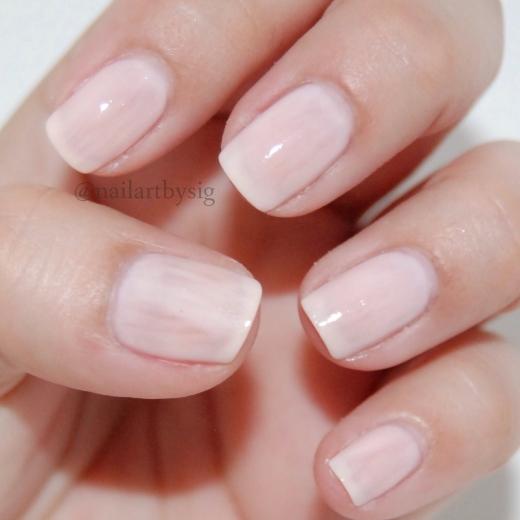 perfect-nails-professional-nails-career-woman