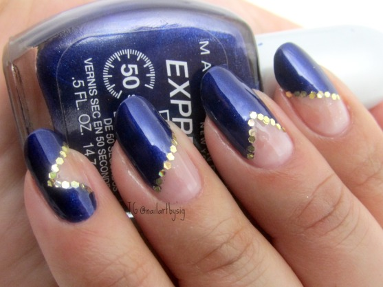 blue-gold-negative-space-nails