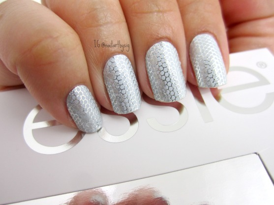 steel-the-way-essie